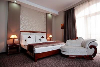Hotel colosseum chambre d 39 h tel romantique et l gante for Chambre hotel romantique