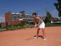 Campo da tennis dell'albergo 4 stelle Danubius Health Spa Resort Buk