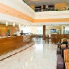 Reception e hall dell'Airport Hotel Budapest****