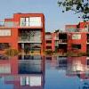 Appartamenti BL Bavaria a Balatonlelle - piscina esterna con panorama sul lago Balaton