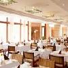 Hotel Greenfield a Bukfurdo - ristorante in un ambiente lussurioso a Bukfurdo
