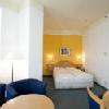 Camera matrimoniale moderna con arredamento moderno e comodo - Hotel Golden Park a Budapest