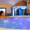 Jacuzzi all'Hotel Kristaly a Keszthely - pacchetti di wellness a prezzi favorevoli