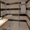 Stanza da bagno, moderno ed elegante - Hotel  Aquaworld Resort Budapest, hotel a 4 stelle a Budapest - hotel con proprio centro wellness a Budapest