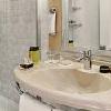Stanza da bagno rinnovata dell'hotel ibis Budapest Centrum - hotel ibis nella zona pedonale di Budapest -
