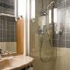 Il bagno dell'Ibis Heroes Square Hotel a Budapest
