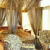 Camera elegante e romantica all'Hotel DunaRelax Event (Danubio Blue) con baldacchino