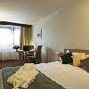 Camera doppia elegante al Mercure Budapest Buda - hotel a 4 stelle accanto alla stazione ferroviaria Sud
