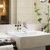 Stanza da bagno Privilege al Mercure Budapest Korona - hotel a 4 stelle nel cuore di Budapest