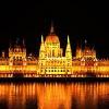Vista notturna sul Parlamento dal Novotel Budapest Danube
