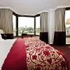 Camera doppia del Sofitel Budapest - hotel di lusso al piede del Ponte delle Catene con vista meravigliosa sul Castello di Buda