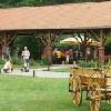 Hotel di wellness e conferenze Zichy Park - cortile rustico